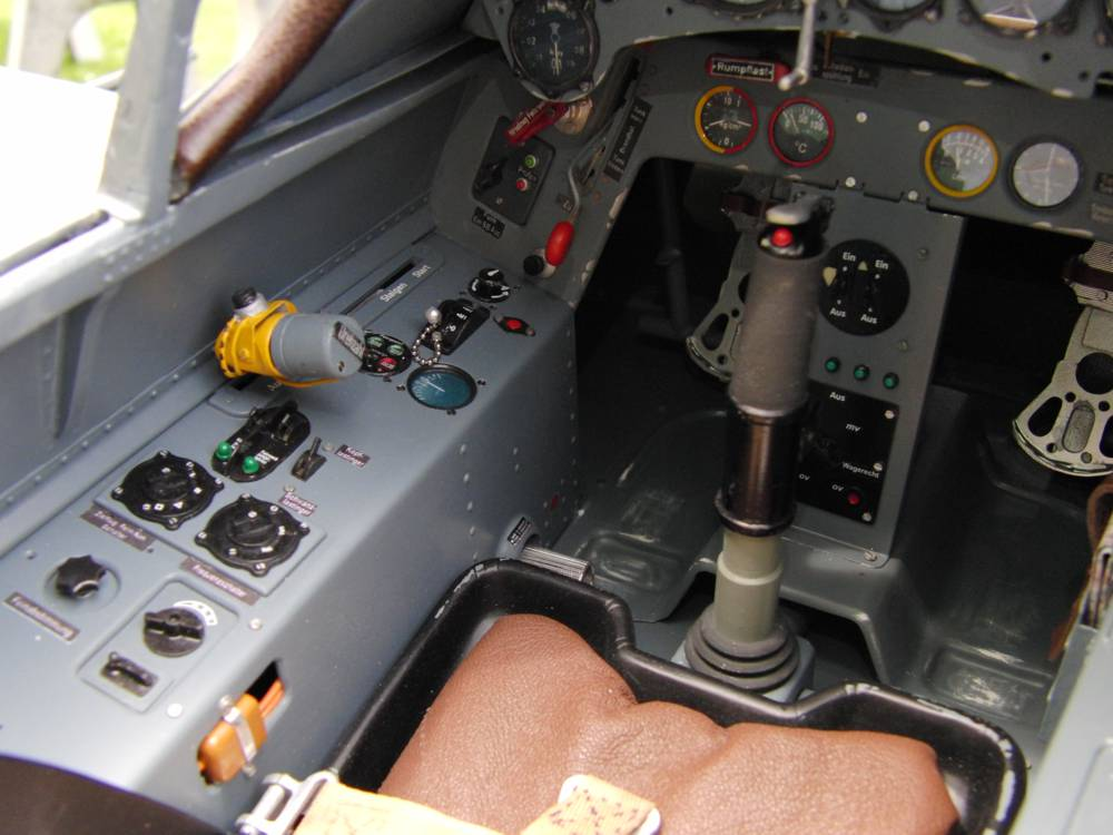 Flugzeugmodellbau Scale Cockpit FW-190A8