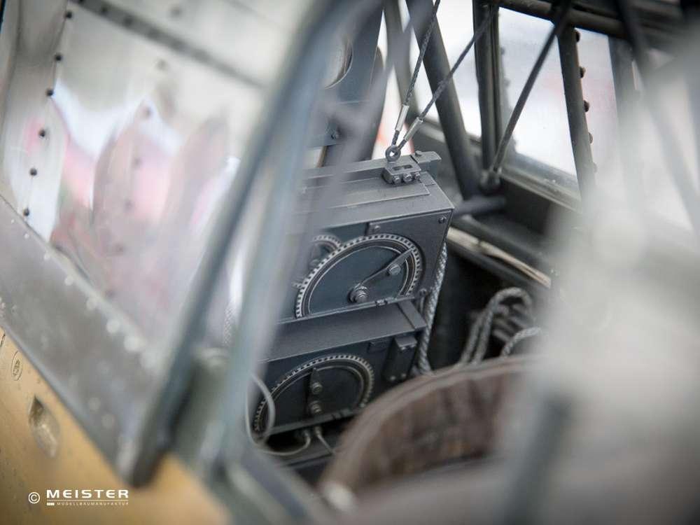 Scale Cockpit Warbird und Jet