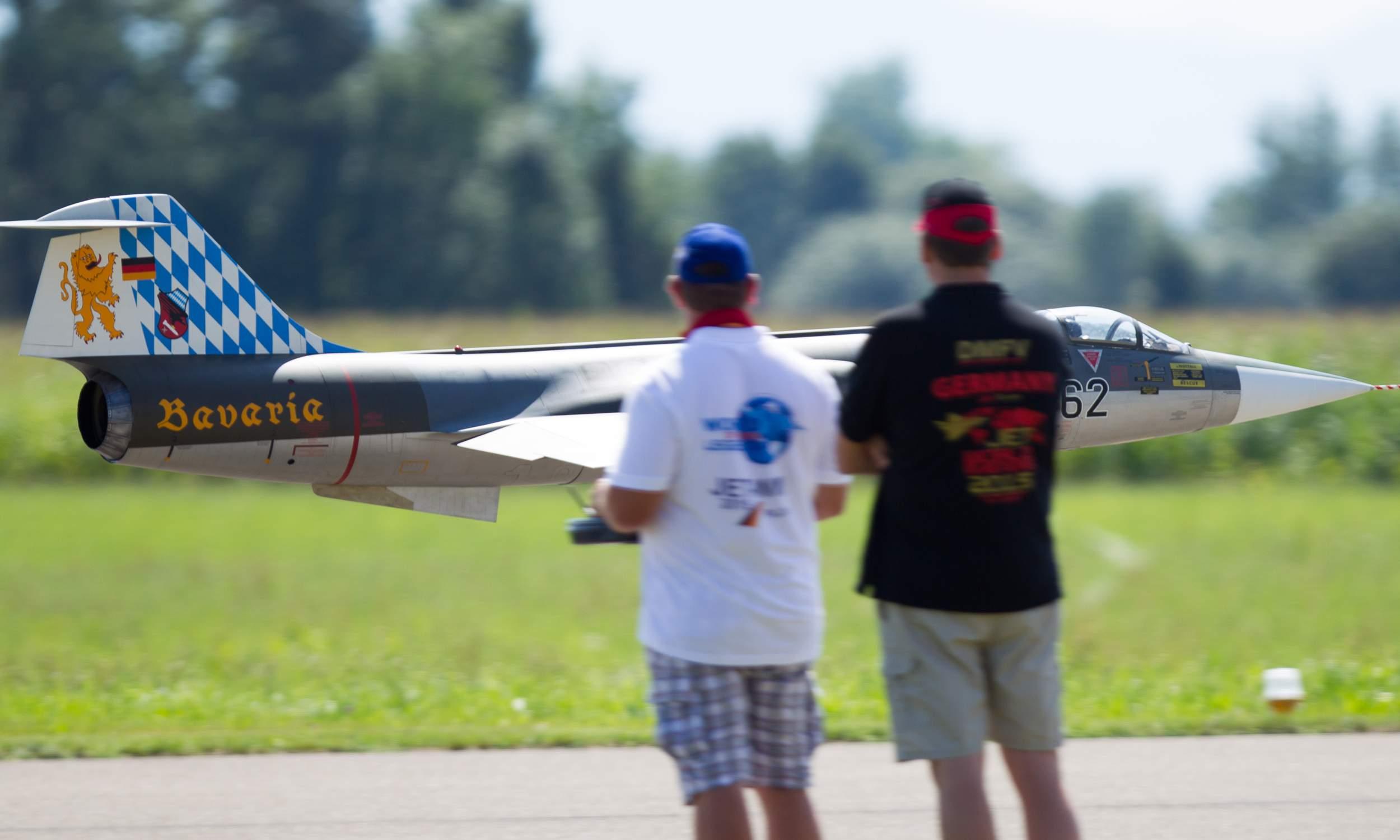 Flugzeugmodellbau F-104